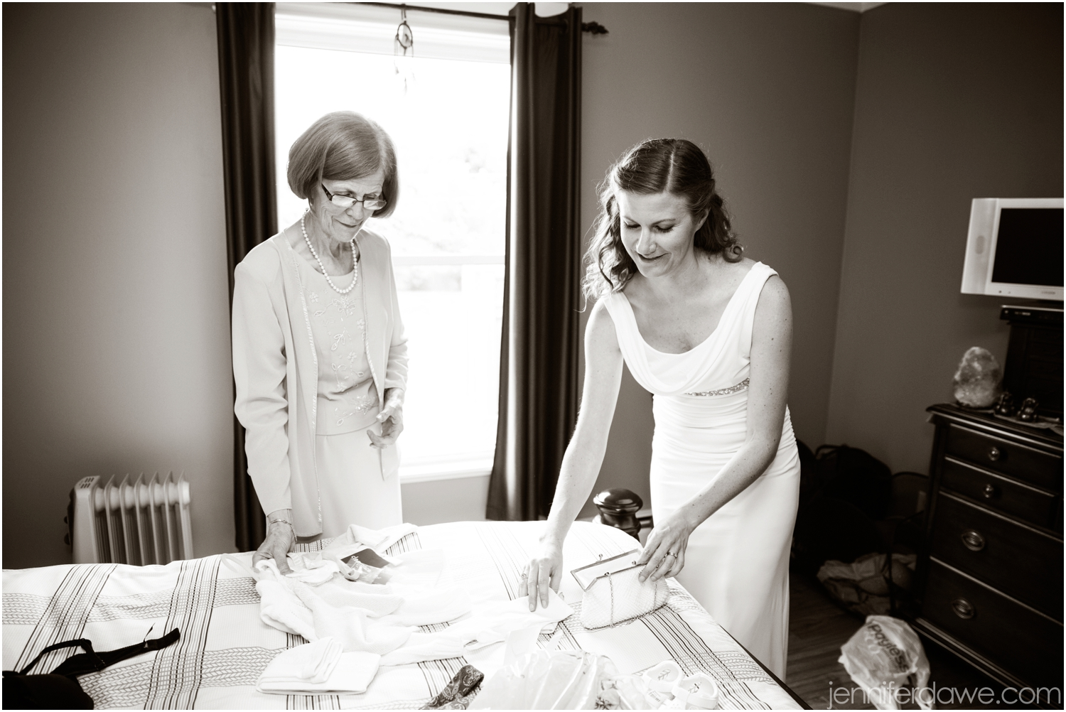 The Woodstock Wedding Photographer St John's Newfoundland Wedding Photographers Newfoundland Engagement Photographers Jennifer Dawe Photography_3084